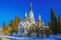 SOTCHI, RUSLAND - JANUARI 27, 2016: De winterpanorama van de complexe tempel Stock Afbeeldingen