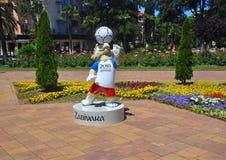 SOTCHI, RUSLAND - JUNI 5, 2017: Zabivaka is de mascotte van de Wereldbeker 2018 van FIFA Stock Foto's