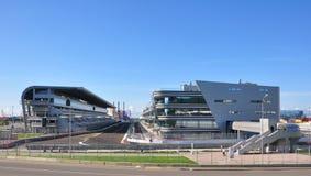 Sotchi, Rusland - September 23, 2014: Het begin en beëindigt gebied van Formule 1 spoor in Sotchi Stock Foto's