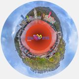 SOTCHI, RUSSIE - 20 AVRIL 2015 : Panorama des 360 degrés de station de vacances de Rosa Khutor Image stock