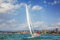 SOTCHI, RUSSIE - 21 MAI 2016 : Élan 210 de yacht Photo stock