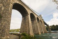 Sotto il ponte sospeso di Menai Fotografia Stock Libera da Diritti