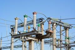 Sottostazione ad alta tensione elettrica immagine stock