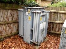 Sottostazione BRITANNICA di elettricit? delle reti di potere nell'area inclusa fotografie stock