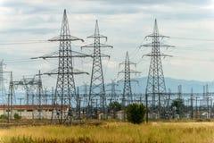 Sottostazione di alta tensione di elettricità Immagini Stock Libere da Diritti