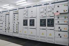 Sottostazione di distribuzione di energia elettrica fotografie stock
