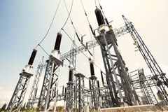 Sottostazione elettrica. Immagine Stock Libera da Diritti
