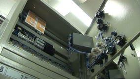 Sottostazione elettrica Commutatori elettrici la tensione di rifornimento interruttore stock footage