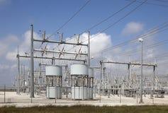 Sottostazione elettrica elettrica Immagini Stock Libere da Diritti