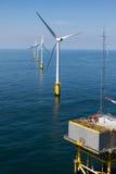 Sottostazione in parco eolico offshore Fotografia Stock