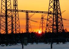 Sottostazioni elettriche nei lifes della persona Immagine Stock Libera da Diritti