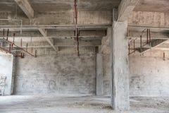 Sottotetto industriale vuoto fotografie stock libere da diritti