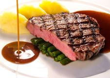 Souce demi-Glace del detalle del filete de carne de vaca Fotos de archivo