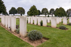 SOUCHEZ, FRANCE/EUROPE - SEPTEMBER 12 : Cabaret Rouge British Ce. Metery in Souchez France on September 12, 2015 royalty free stock photography