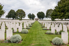 SOUCHEZ, FRANCE/EUROPE - SEPTEMBER 12 : Cabaret Rouge British Ce. Metery in Souchez France on September 12, 2015 stock photography