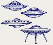 Soucoupe volante en espace Image libre de droits