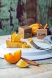Soufflé orange de gâteau Photographie stock