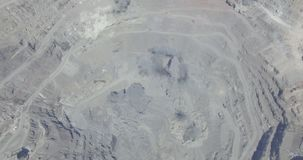 Souffle dans la mine à ciel ouvert clips vidéos