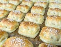 Souffle de tarte rempli par centre de haricot vert Photos stock