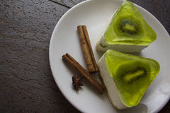 Souffle with kiwi jelly Royalty Free Stock Photos