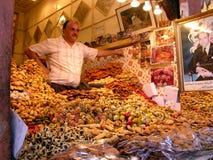 Souk在马拉喀什在Marocco 库存照片