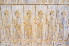 Soulagement avec des soldats dans Persepolis, Iran image stock