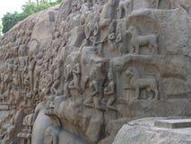 Soulagement en pierre, la pénitence d'Arjuna, Mahabalipuram, Inde Photo stock