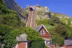Soulevez à la colline occidentale dans Hastings, R-U photographie stock