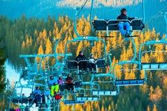 Soulevez à la station de sports d'hiver Photos libres de droits
