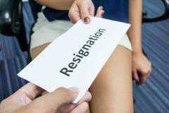 Soumettez une lettre de démission photo stock