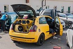 Sound system för bil Fotografering för Bildbyråer