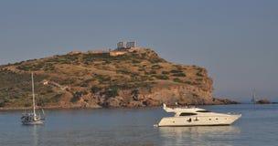 Sounion e due barche, Atene Grecia Fotografia Stock Libera da Diritti