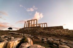 Sounion, Tempel van Poseidon in Griekenland, Zonsondergang Gouden Uur stock fotografie