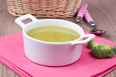 Soup with brocolli Royalty Free Stock Images