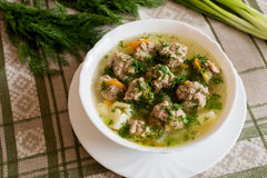 Soup with meatballs and fresh dill Royalty Free Stock Photos