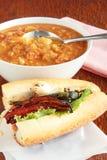 Soup och smörgås Royaltyfri Fotografi