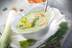 Soup with shrimp and leek Royalty Free Stock Photos