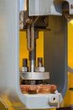 Soupape de commande ou régulateur de pression dans le processus de pétrole et de gaz Image stock