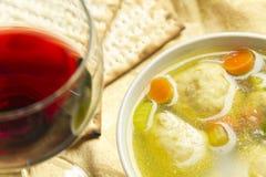 Soupe à boule de Matzoh Photographie stock