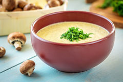 Soupe à champignons crémeuse, horizontale Photo stock