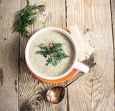 Soupe à fromage avec des champignons Photos libres de droits