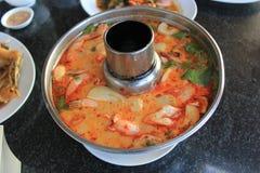 Soupe à fruits de mer de Tom Yum dans le pot chaud Photo stock