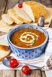 Soupe à lentille et à tomate photographie stock libre de droits