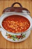 Soupe à tomate avec des haricots Photographie stock