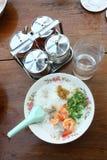 Soupe au riz de crevette rose Photo stock