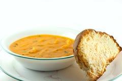 Soupe aux pommes de terre de fromage faite maison Image stock
