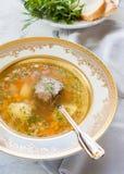 Soupe avec des haricots, des pommes de terre et la viande Image stock
