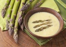 Soupe crème à asperge photographie stock