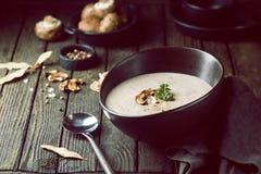 Soupe crème à champignon Image libre de droits