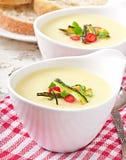 Soupe crème à courgette Photos libres de droits